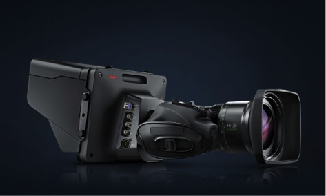 Описание: three quarter view Blackmagic Studio Camera