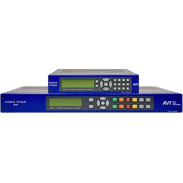 AVT MAGIC TH2plus Телефонный гибрид Телефонный гибрид MAGIC TH2plus может быть подключен к двум линиям разных типов телефонной аналоговой и цифровой связи: POTS, ISDN и IP. Имеет подавитель обратной с