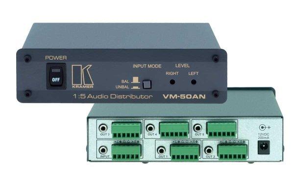 Kramer VM-50AN Усилитель-распределитель аудио 1:5 Уникальный высококачественный распределитель, усилитель звука 1:5 или 1:10, работающий как с балансными, так и с небалансными стереофоническими звуков