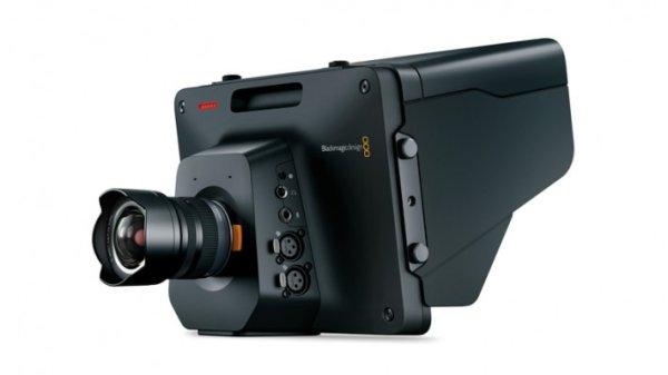 Камера Blackmagic Studio Camera 4K создана для работы в прямом эфире. Идеальна  для трансляции из студии или с места событий (для производства ток-шоу, ситкомов, выпусков новостей, трансляции живых ко