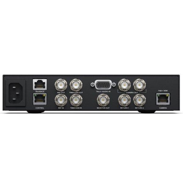 Blackmagic Design Blackmagic Studio Converter конвертер С 10G Ethernet на Blackmagic Studio Converter и Blackmagic Studio Camera 4K Pro вы можете подключать все сигналы камеры с помощью одного etherne